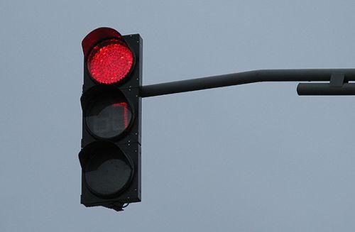 В Луганске установили светофор, отсчитывающий время до изменения цветового сигнала для водителей (фото)