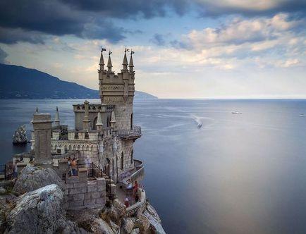 """Фотографию замка """"Ласточкино гнездо"""" в Ялте признали одной из лучших в мире (фото)"""
