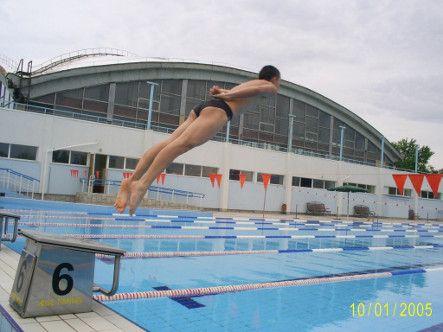 Реабилитолог луганского вуза победил в чемпионате по плаванию (фото)