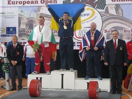 Студент луганского вуза стал чемпионом Европы по пауэрлифтингу (фото)